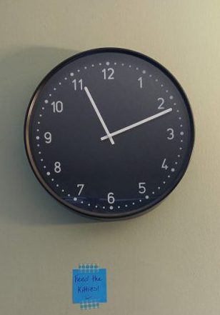 Clock and post-it